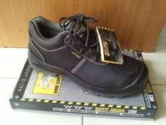 Giày bảo hộ Safety Jogger Bestrun S3 size 37-45. Giày chống đinh, chống tĩnh điện