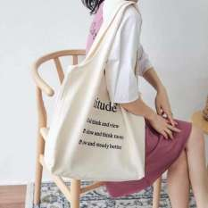 Túi vải tote đeo vai chất Canvas mềm dễ giặt ủi đựng vừa 4 bộ đồ, vừa tập tài liệu a4, tập vở phù hợp đi học đi chơi và du lịch túi màu trắng chữ đen, túi tote vải mềm