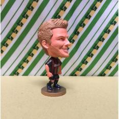 Mô hình tượng cầu thủ bóng đá Beckham (AC Milan)