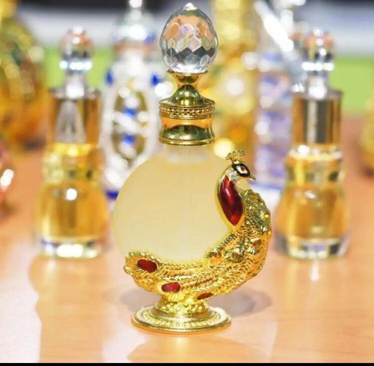 Mua Tinh dầu nước hoa Dubai (con công) giá rẻ 170.000₫ | Ví So Sánh