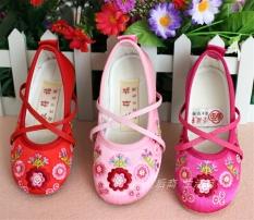 Giày thêu hoa giày công chúa giày học múa thời trang trẻ em giày bé gái mới
