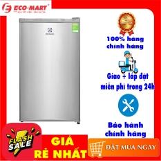 Tủ lạnh mini Electrolux EUM0900SA 92 lít, Dung tích tổng:92 lít Dung tích sử dụng:85 lít Số người sử dụng:1 – 2 người Công nghệ Inverter:Tủ lạnh thường Điện năng tiêu thụ:~ 0.55 kW/ngày