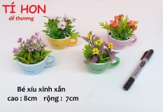 Combo 4 chậu hoa giả RẤT NHỎ hình tách trà độc đáo, hoa trang trí nhỏ ( giao 4 màu khác nhau ngẫu nhiên )