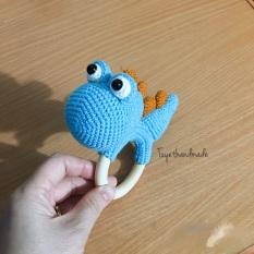 Lục lạc cầm tay handmade cho bé. Đồ chơi cho trẻ sơ sinh. Lục lạc khủng long bằng len