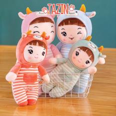 Búp bê em bé áo kẻ nhồi bông, nhiều màu sắc, kích thước 20cm và 35cm. Chất liệu cao cấp, mềm mịn, không xù lông phù hợp làm thú ôm cho trẻ em hoặc làm đồ trang trí