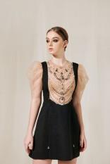 MAVEN – Váy đen đính đá Vivian
