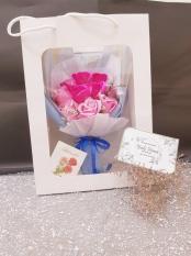 Hoa hồng sáp thơm 11 bông kèm giỏ xách_quà tặng đáng yêu