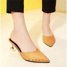Giày cao gót gót nhọn đính đinh