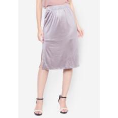 Chân váy nữ 2 lớp DELUCA 63936 lưng chun xẻ tà màu nâu