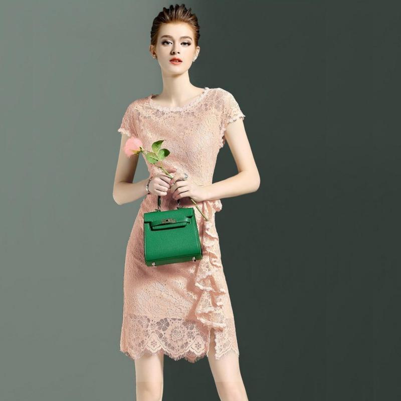 Nơi bán Đầm Ren Body Nữ (M,L,XL,XXL) Bui Nguyen K30 (Kem Tôm )