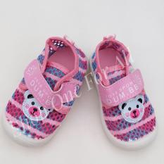 Giày Kitty có đèn Led cho bé gái