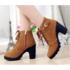 Giày boot thời trang DE21 (Vàng)