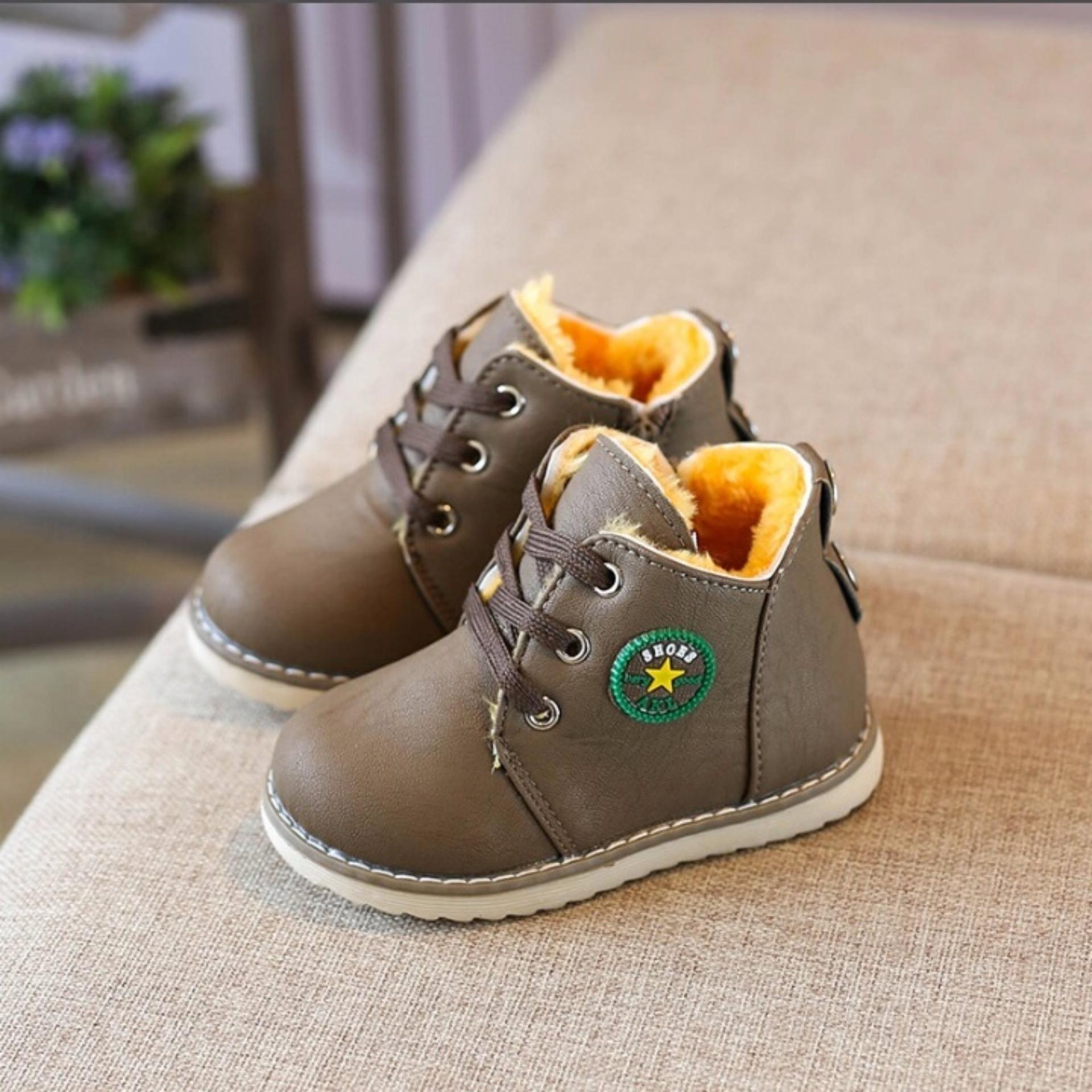 giày bốt buộc dây cho bé