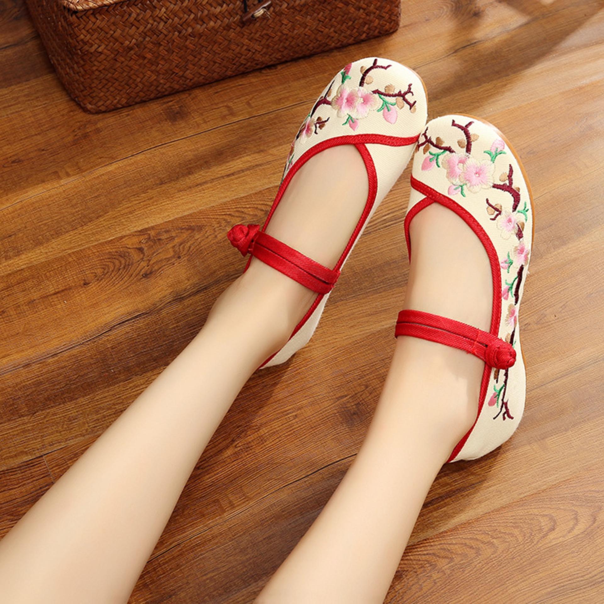 Giày Búp Bê Thêu Cổ Trang HAPO010