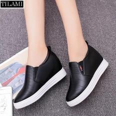 Giày lười nữ đế độn mũi da nhăn TILAMI (đen)
