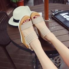 Giày sandal đế xuồng H.Q ( kem )