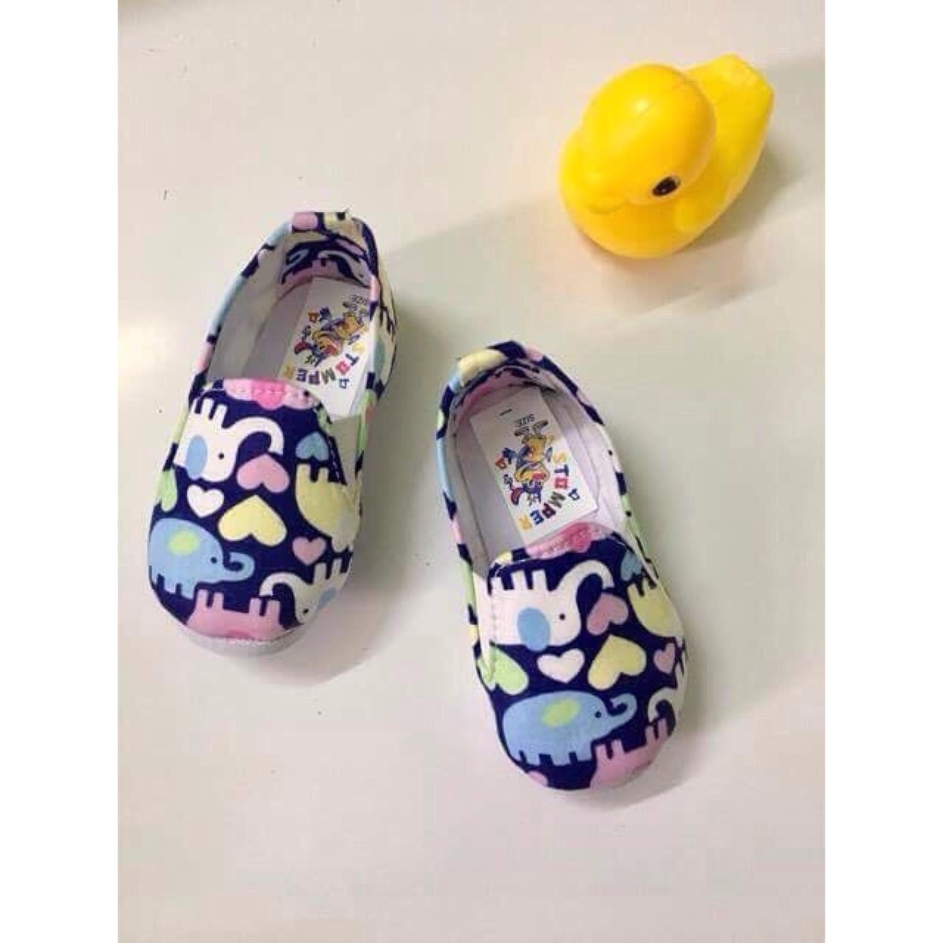 Giày Vải Voi Con Xinh Xắn Cho Bé