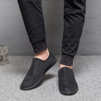Hang-Qiao Men Breathable Leisure Summer Mesh Shoes (Black) - intl