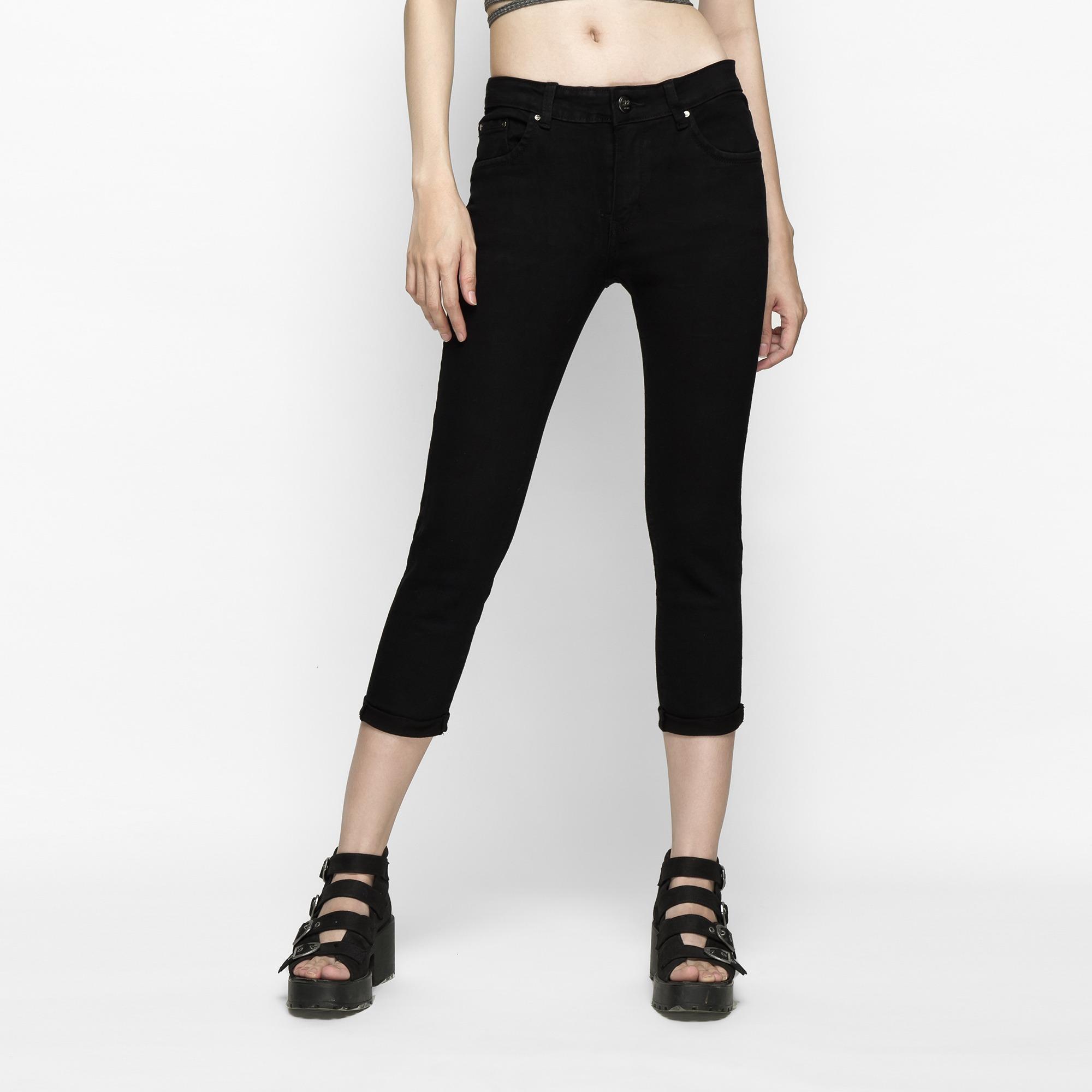 Quần Jeans Nữ Lửng Dáng Ôm (Skinny) Lưng Vừa Màu Đen – AAA JEANS