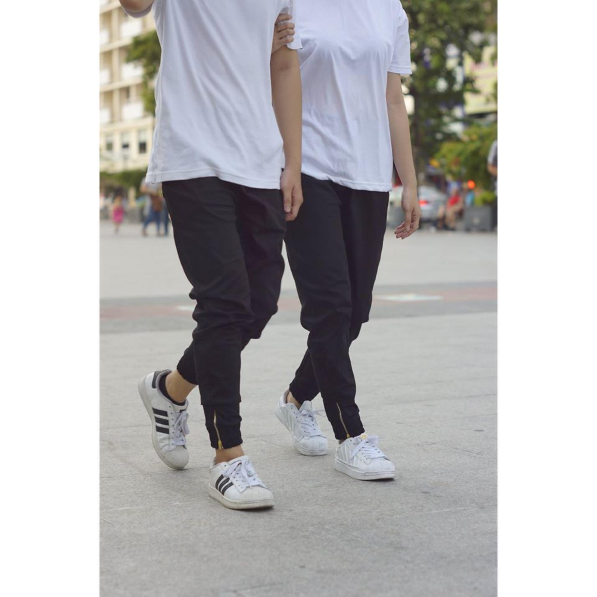 Quần jogger kaki khóa zip nam