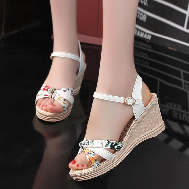 Sandal nữ cao cấp – Size 35 đến 39 – Trắng