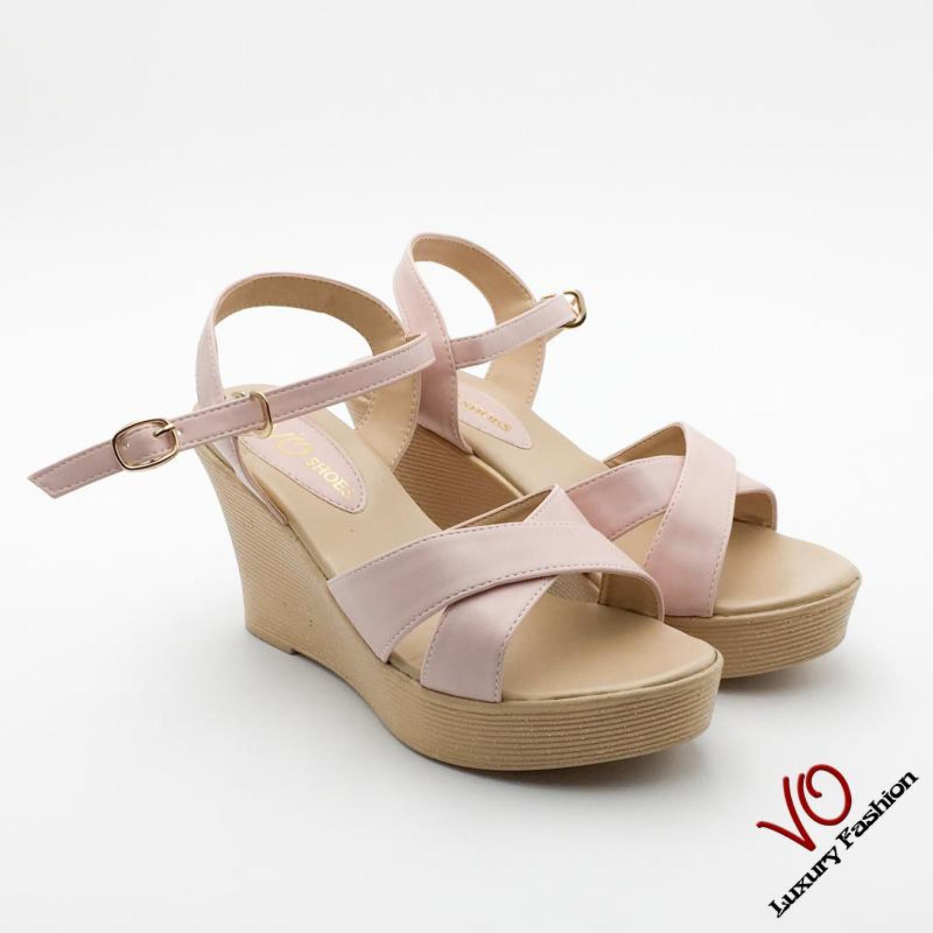 Vì sao mua Sandal xuồng màu kem phớt hồng nhạt: VO shoes