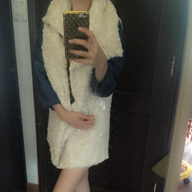 Mẫu sản phẩm Thanh lý Áo khoát lông cho mùa đông ấm áp