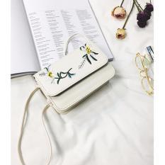 Túi da thêu hoa BERI (trắng) – TUI026