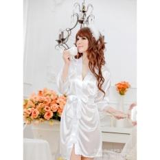 Váy ngủ nữ tay lửng kiêm áo choàng Chodeal24h (trắng)