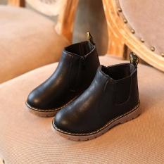 Mùa đông Trẻ Em trẻ em Giày Bốt Martin Tuyết Giày Cho Bé Tập Đi Cho Bé Trai Bé Gái Màu Đen-intl