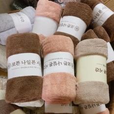 Khăn tắm lông cừu hàn quốc kích thước 70x140cm thấm hút cực kỳ tốt, chất bông siêu mềm mịn thích họp cho cả bé sơ sinh và cả gia đình