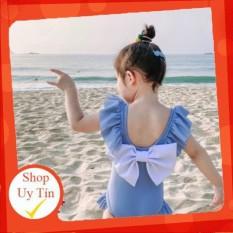 [Lấy mã giảm thêm 30%]Bộ bơi liền xanh đính nơ trắng dành cho bé gái đi biển mùa hè