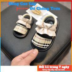 Giày tập đi dép tập đi đế mềm chống trơn trượt có nơ siêu dễ thương cho bé, sản phẩm có độ bền cao, chất lượng tốt, cam kết hàng nhận được giống hình