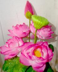 Đóa hoa sen vải trang trí,trưng bàn thờ