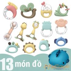 Bộ đồ chơi gặm nướu cho bé xúc xắc lục lạc cầm tay cho trẻ sơ sinh Montessori cao cấp 13 món có hộp đựng hình cá heo