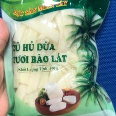 Củ hũ dừa tươi bào lát, giòn giòn, ngọt thanh thanh, mát dịu với đầy đủ các chất dinh dưỡng, tốt cho sức khoẻ, tốt cho hệ tiêu hoá và có nhiều chất khoáng