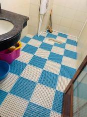 Miếng lót chống trơn nhà tắm nhà vệ sinh nhà bếp và các khu vực ẩm ướt.(30x30cm một tấm)