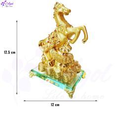 Tượng ngựa vàng trên tiền vàng phong thủy mã đáo thành công đế kính cao cấp