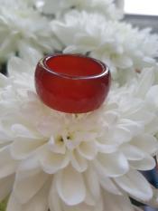 Nhẫn mã não đỏ – xưởng buôn đá phong thủy Huỳnh Đào