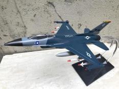 Mô hình Máy báy Tiêm kich F-16. 1:72-ABS