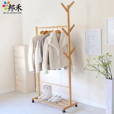 Kệ treo quần áo mẫu mới bằng gỗ 2018