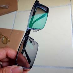 Tròng kính đổi màu chống uv tặng kèm gọng 99.000 trở xuống