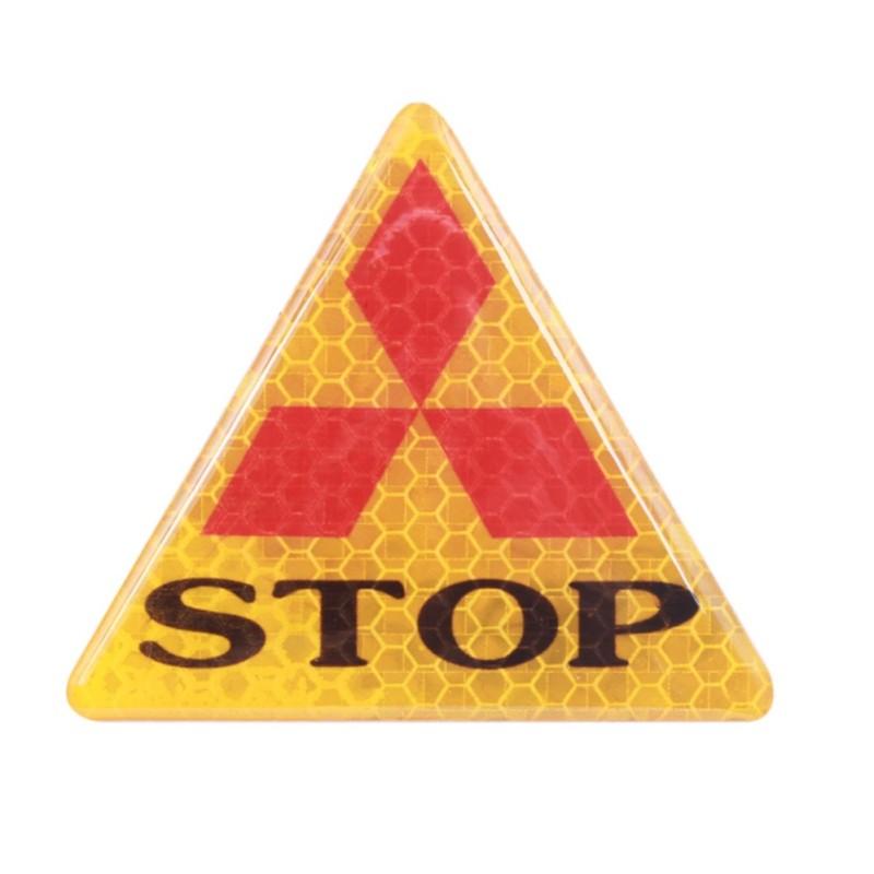 1 miếng sticker phản quang STOP (tam giác vàng)