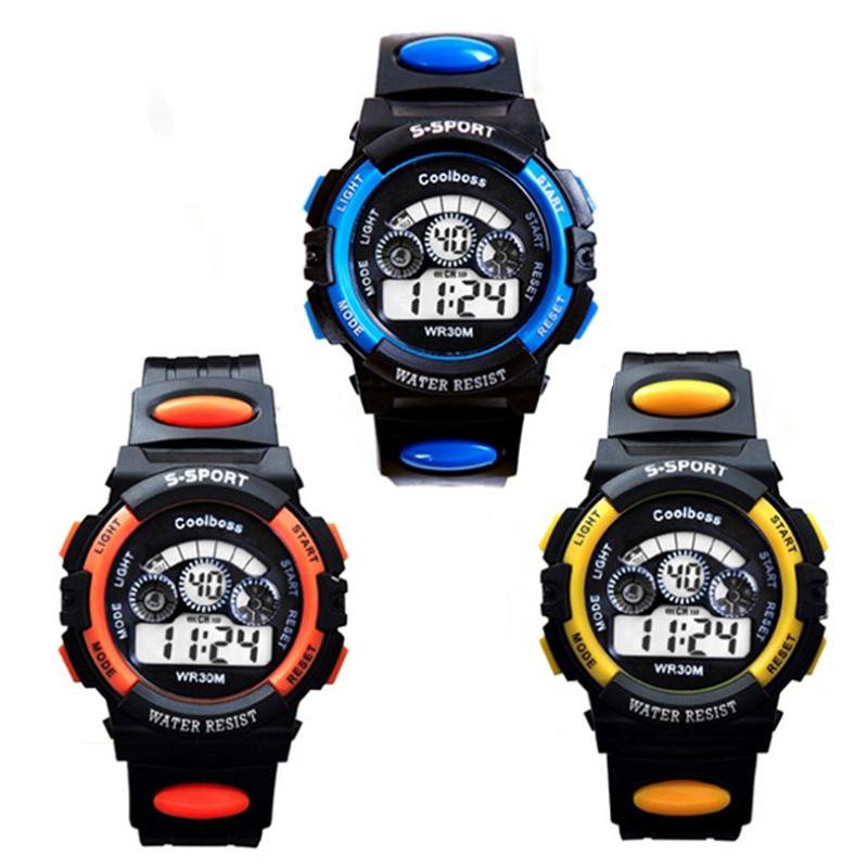Nơi bán Bộ 3 Đồng hồ trẻ em dây nhựa chống nước (Xanh Đen - Cam Đen - Vàng Đen)
