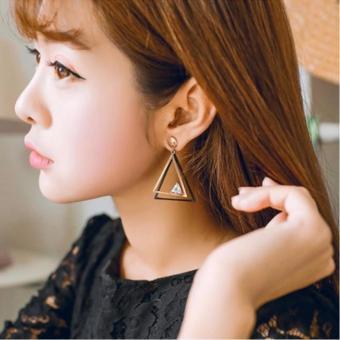 Giá bán Bông tai nữ dáng dài tam giác hai màu quí phái cao cấp Hàn Quốc HKE-1606083