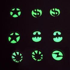 Bông tai TITAN đen dạ quang phát sáng lấp lánh huyền bí trong đêm ( Họa Tiết Ngẫu Nhiên) BTDQ44