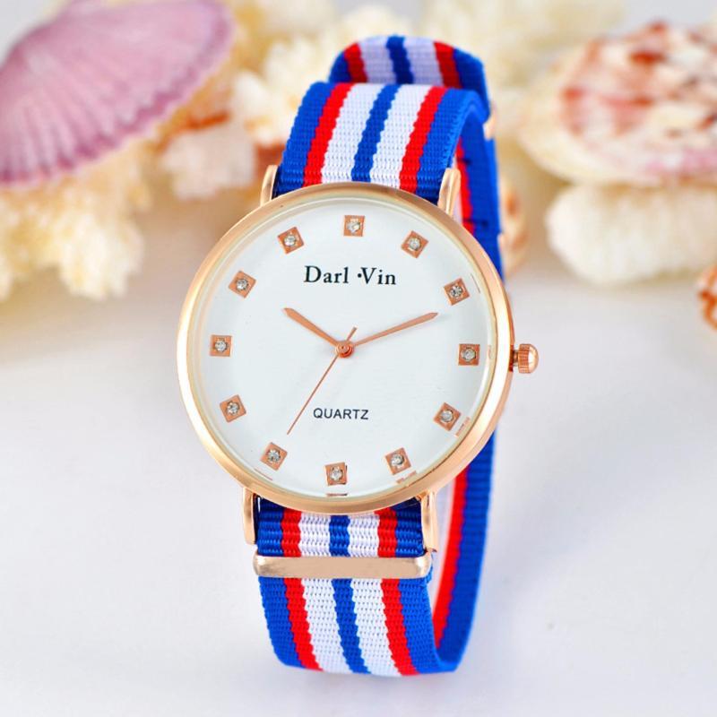 Đồng hồ dây vãi cho trẻ em giúp học xem giờ cho bé bán chạy
