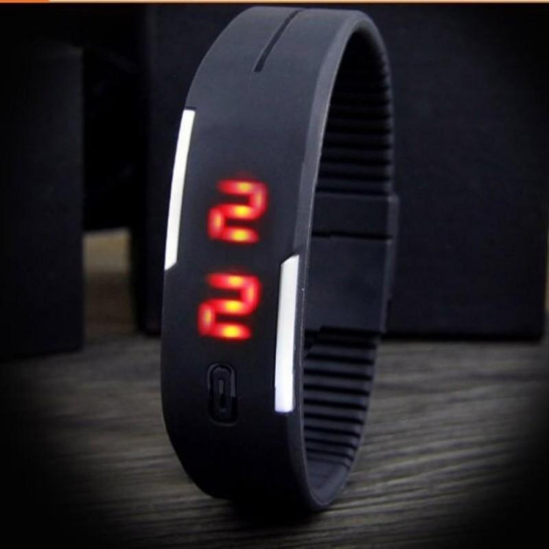 Nơi bán Đồng hồ LED dây nhựa kiêm vòng tay (Đen)