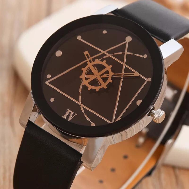 Nơi bán Đồng hồ nam dây da Thạch Anh Tam Giác NewFashion (Dây Đen, Mặt Đen) + Tặng Kèm Hộp