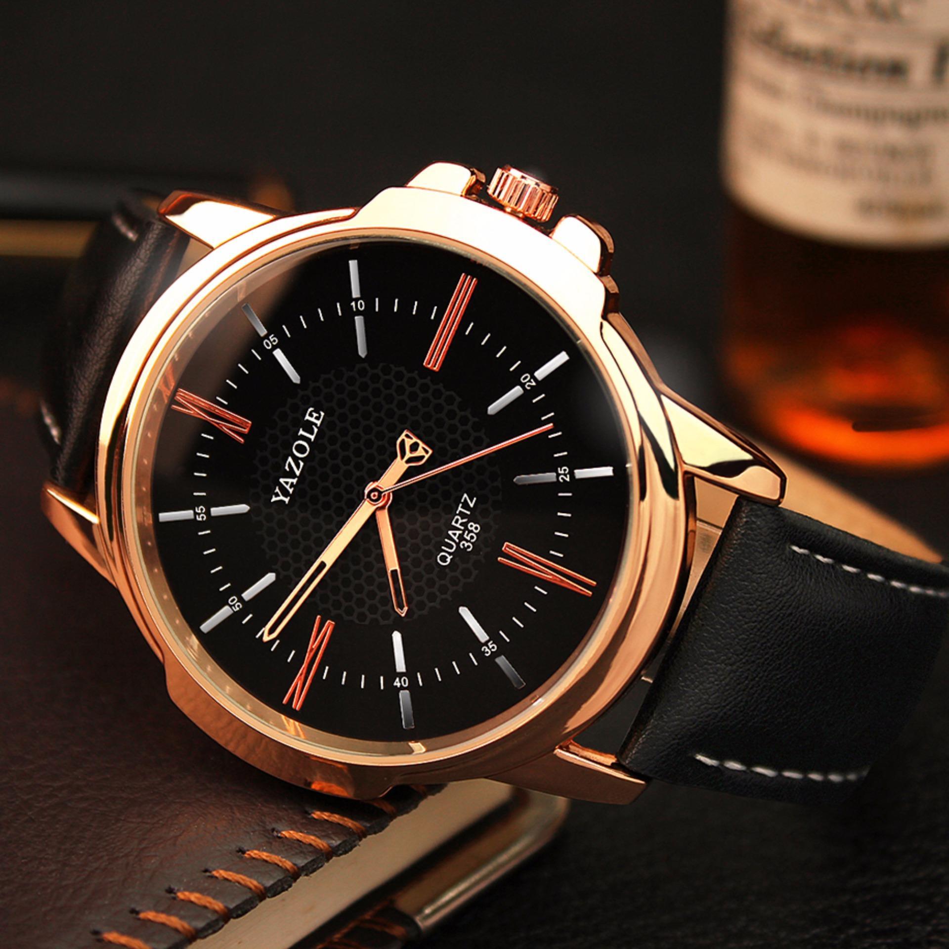 Đồng hồ nam dây da Yazole 358 mặt đen quai đen